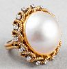 Vintage 14K Yellow Gold, Diamond & Mabe Pearl Ring