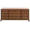 Credenza. Estados Unidos de América. Siglo XX. Marca Drexel Heritage. Elaborada en madera enchapada. Con cubierta rectangular.