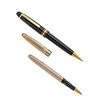 Lapicero y Rollerball MontBlanc. Cuerpos en resina color negro y plata .925 con vermeil. Clips en acero dorado.