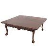 Mesa de centro. SXX. Estilo Chippendale. Elaborada en madera laqueada. Con cubierta cuadrangular y fustes semicurvos. 50 x 126 x 126 cm