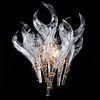 Arbotante. Siglo XX. Elaborado en cristal de murano y metal dorado. Diseño flamígero. 43 cm altura