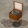 Regina disc music box, with oak case & five discs