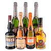 Lote de Vino Espumoso y Licor. Cinzano. Licor 43. Sisca. En presentaciones de 750 ml. Total de piezas: 7.
