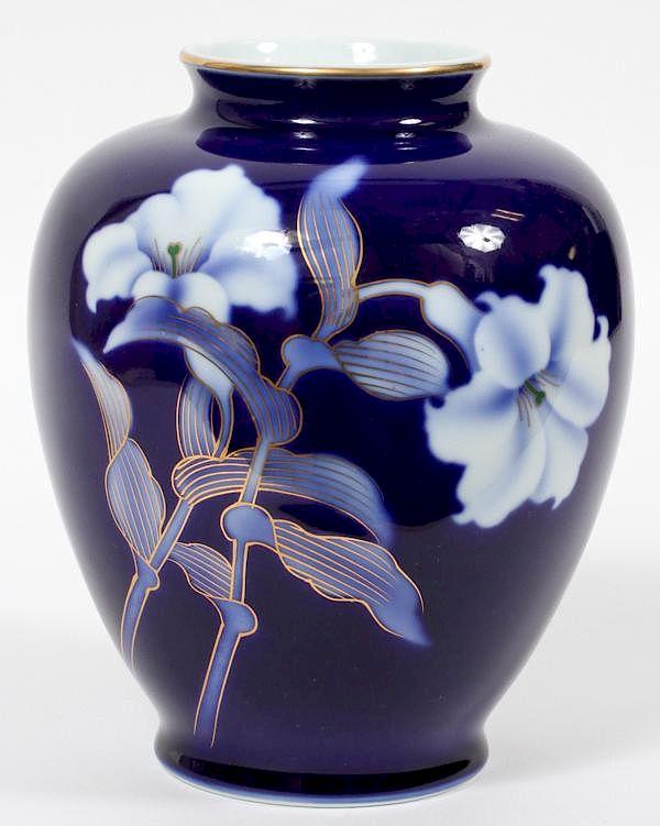 Japanese Fukagawa Porcelain Vase By Dumouchelles Bidsquare