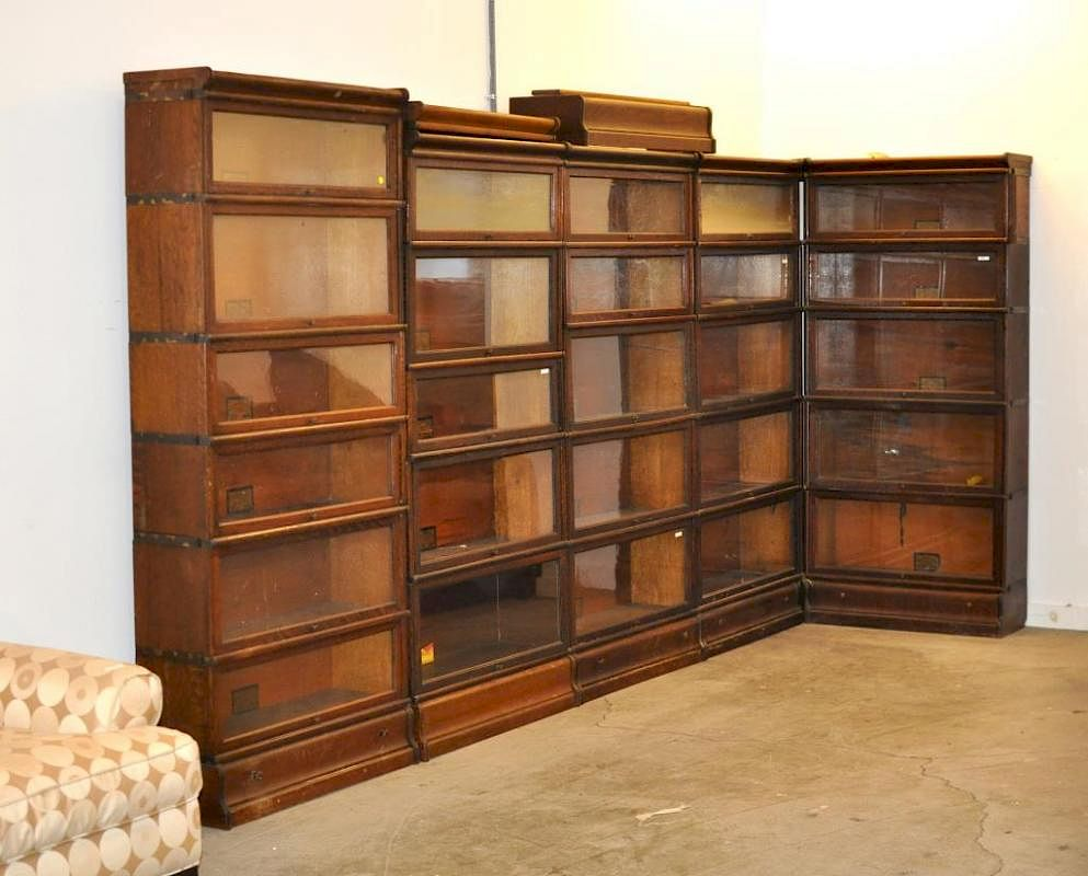 Five Globe Wernicke Oak Bookcases By Schwenke Auctioneers