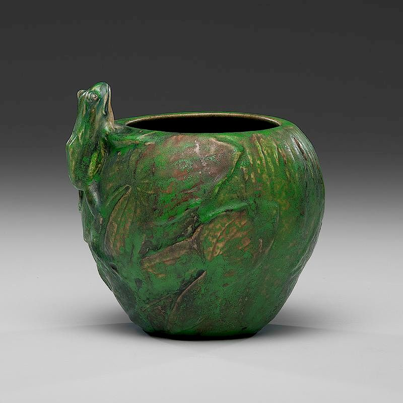 Weller Coppertone Single Frog Vase By Cowans Auctions Inc Bidsquare