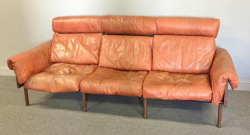 Midcentury Yrjo Kukkapura Haimi Leather Sofa By Clarke Auction Bidsquare