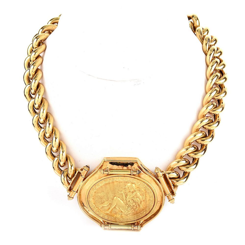 Vintage Italian Large 18 Karat Yellow Gold Link Pendant Necklace