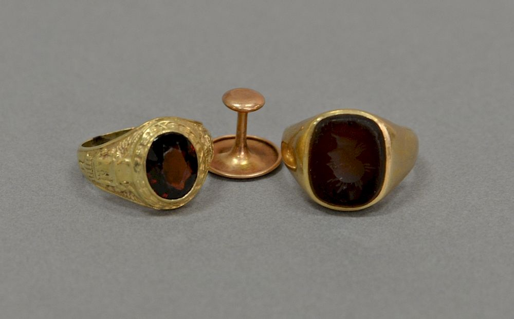 10 Karat Gold Lot With Two Rings And One On 17 Grams By Nadeau S Auction Gallery Bidsquare