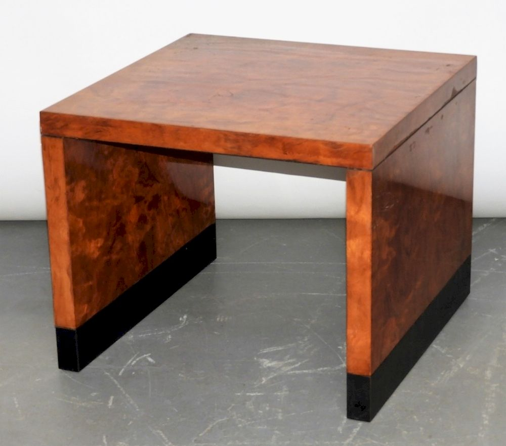 Mcm Hollywood Regency Burl Wood Veneer End Table By Bruneau