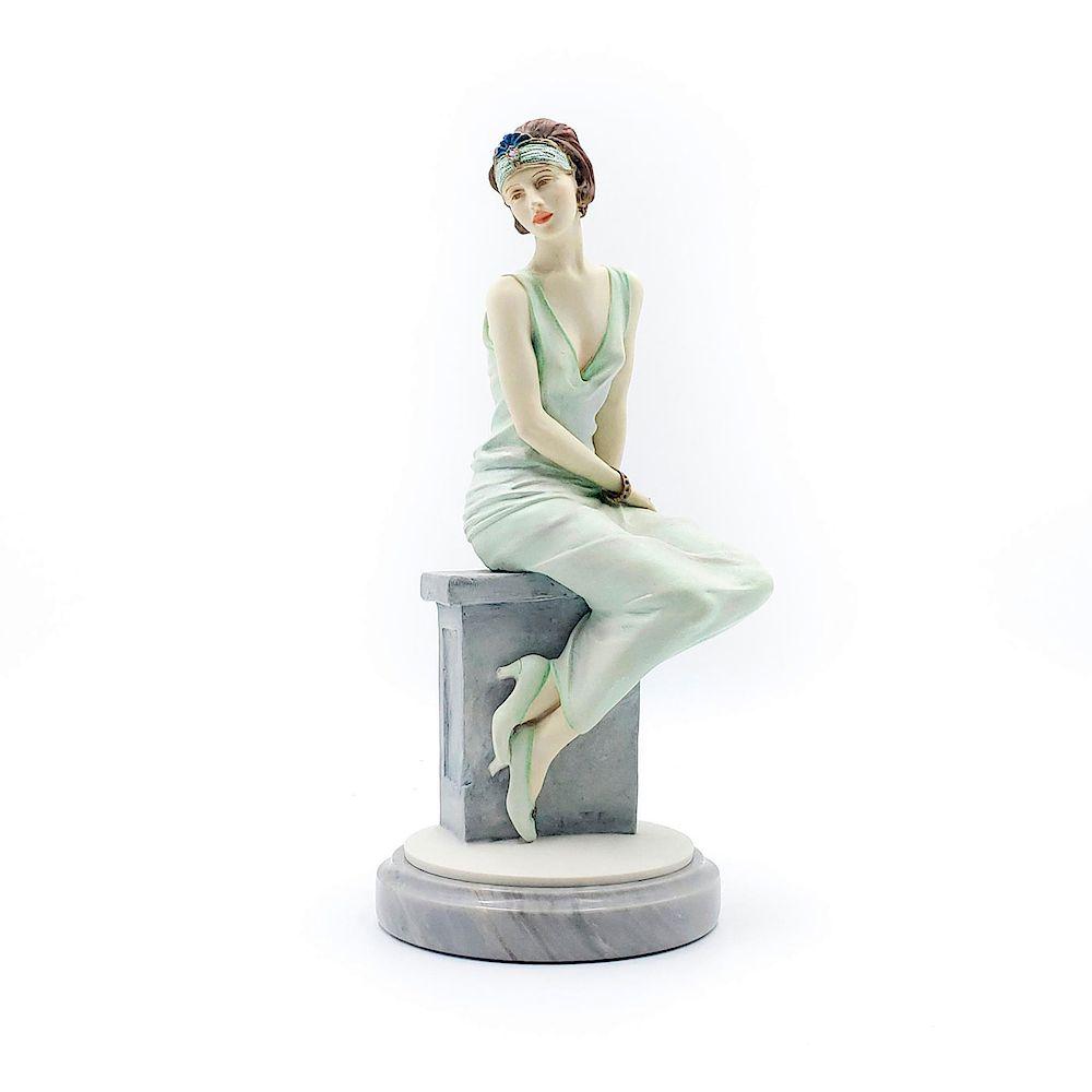 Royal doulton Classique figurines