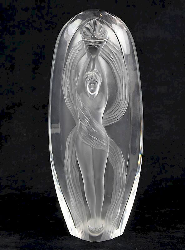 Marie Claude Lalique Eroica Frosted Glass Vase By Clars Auction